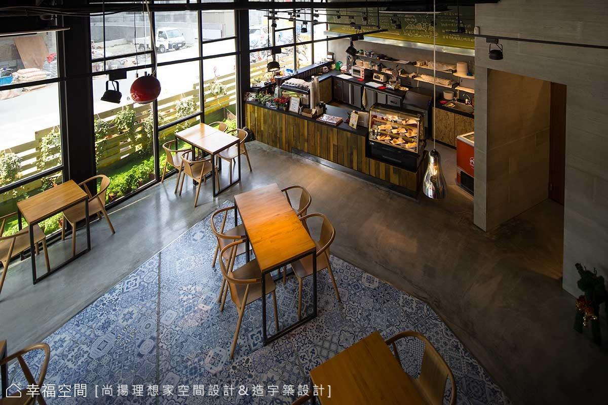 通透玻璃,打造工業風精緻咖啡廳