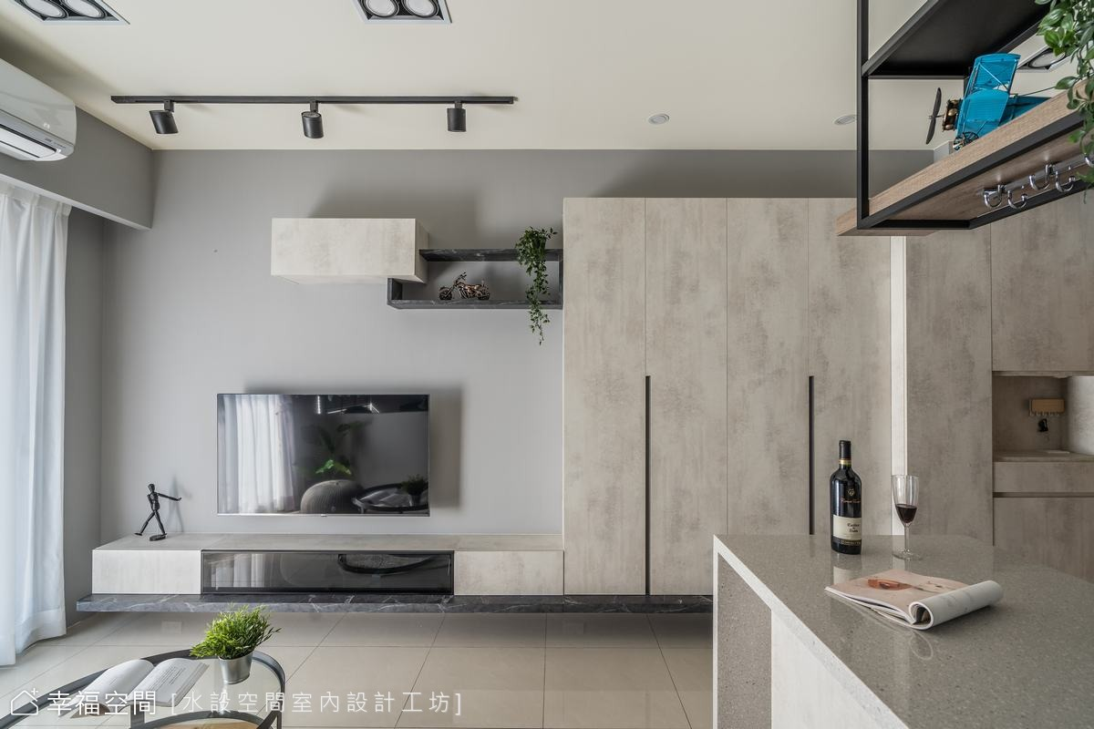 灰階色調佐日光 化身現代輕工業宅|15坪|3房、2廳、1衛