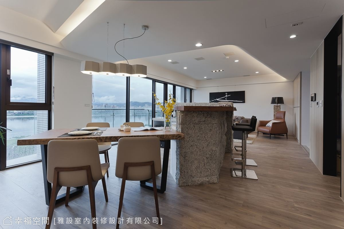 簡約自然 俯瞰台北山水宅