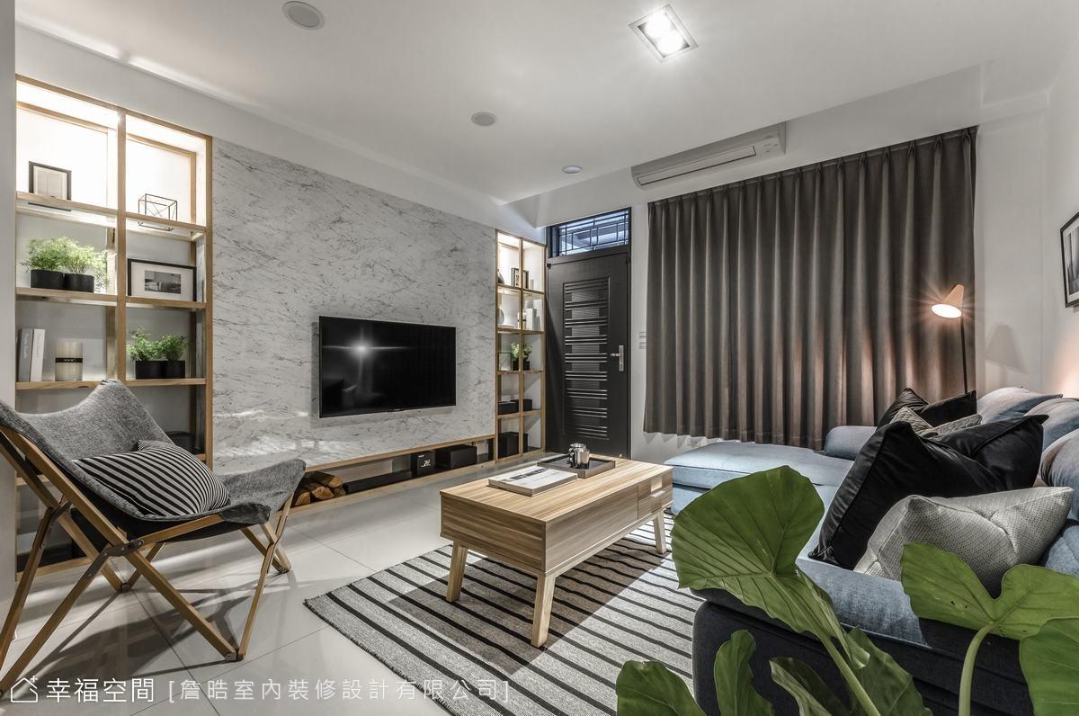以低彩度的白、灰與木質色系鋪陳屋主喜愛的現代簡約風格,詹晧設計師打造出簡練又充滿層次的生活美學空間。