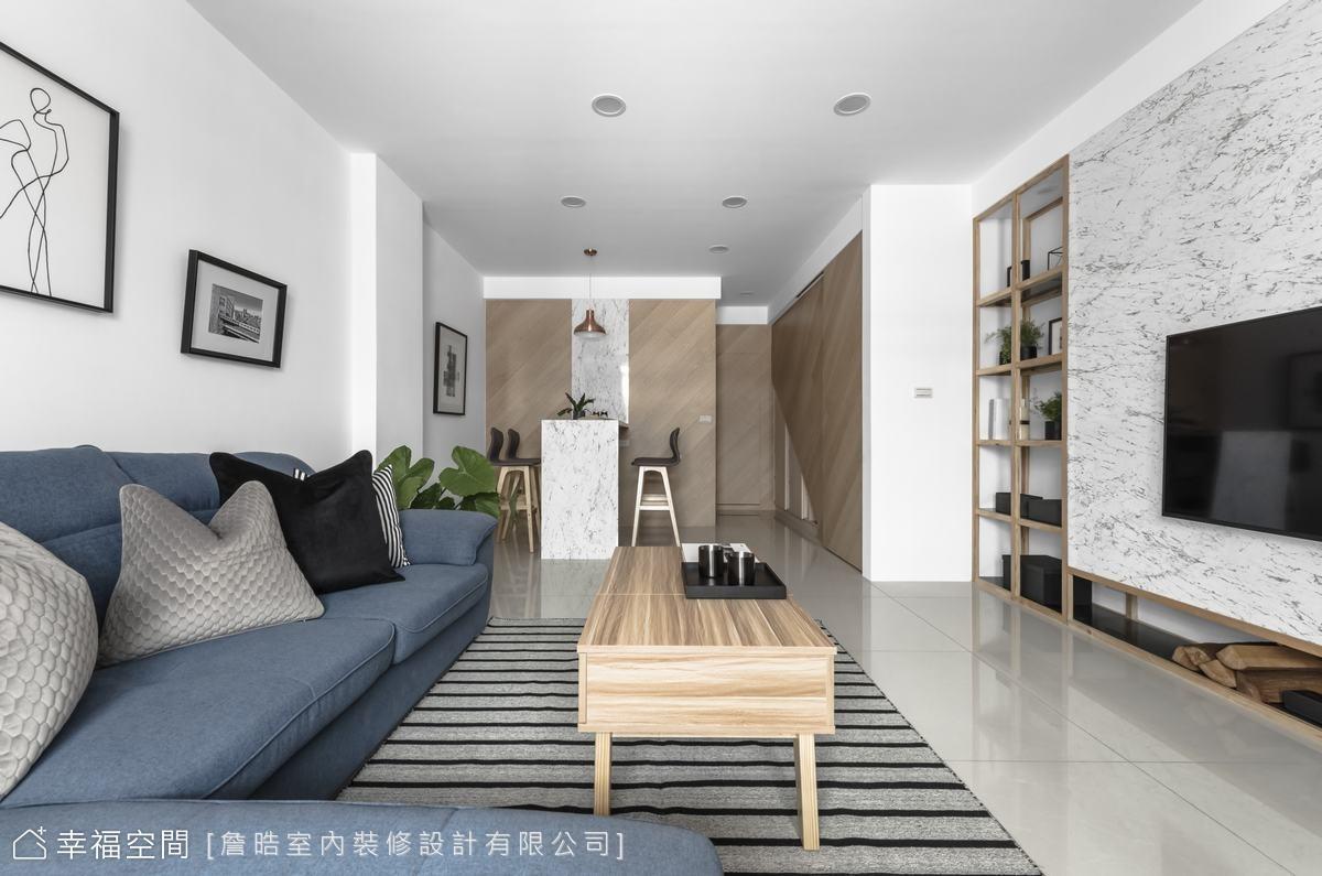 詹晧室內裝修設計以大量白色鋪陳空間,將大面窗引入的日光導引至公共空間的每個角落,讓空間成為日光最佳的展示舞台。