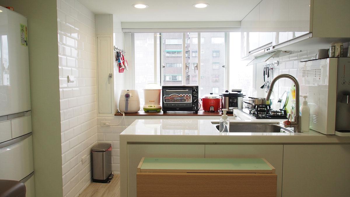 整併空間 小坪數也有ㄇ字型廚房