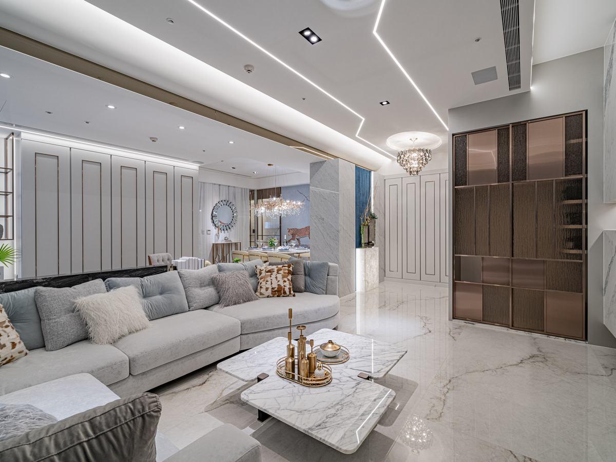奢華叢林系  時尚白金的古典優雅